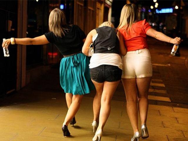 Фото приколы про девушек сзади!