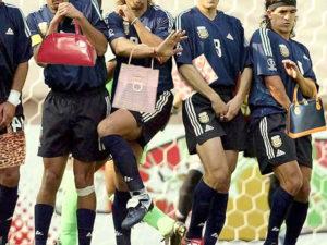 Приколы про футбол (52 фото)